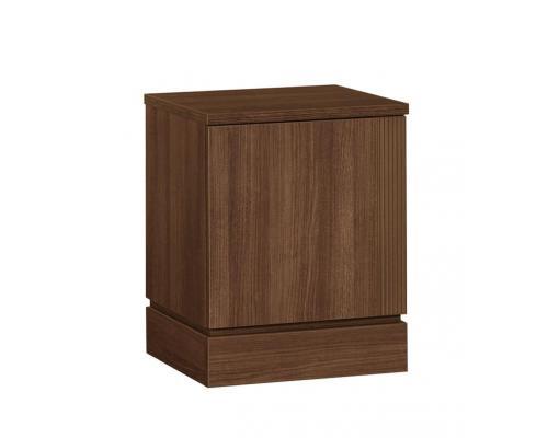 Nočný stolík s dverami